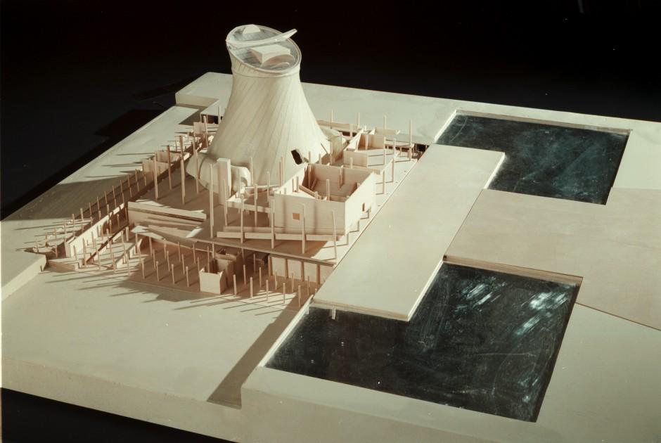 Assembly model, UW.